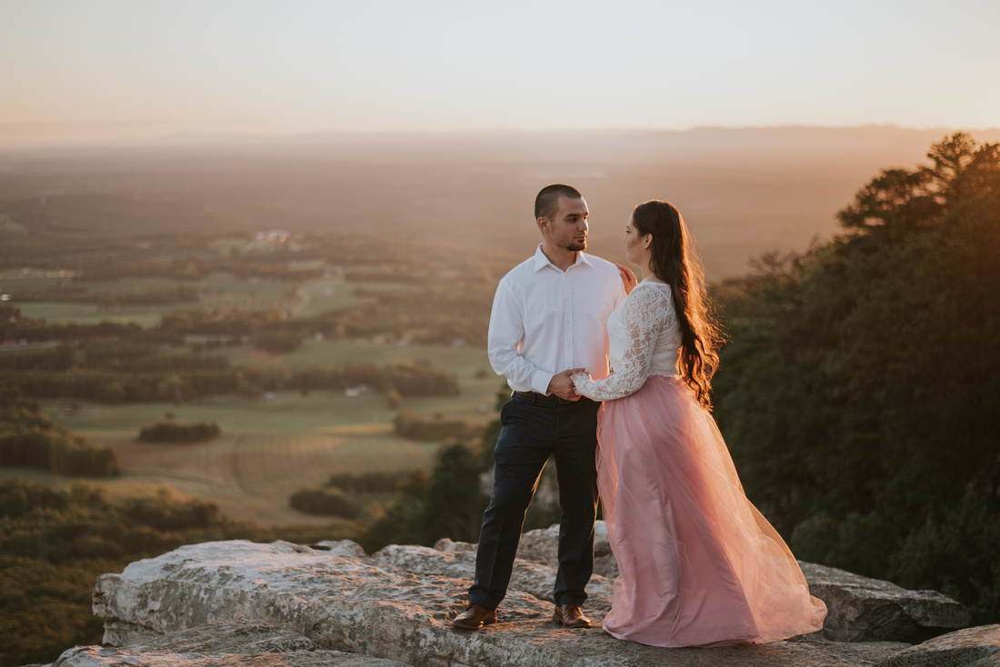 Pilot Mountain State Park, Pilot Mountain, first anniversary session, photography, deanna barber photography, adventure, North Carolina, sunset, mountains, state parks, north carolina state parks